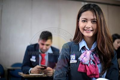 Staff Pendaftaran LP3I Indramayu